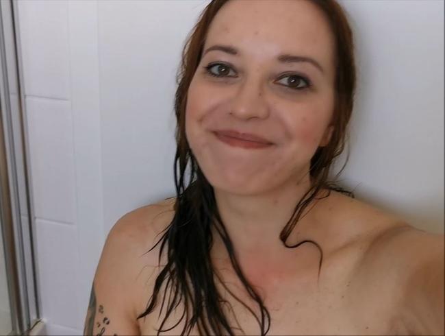 Erst sauber und dann wieder DRECKIG!! Kommst du mit mir duschen?