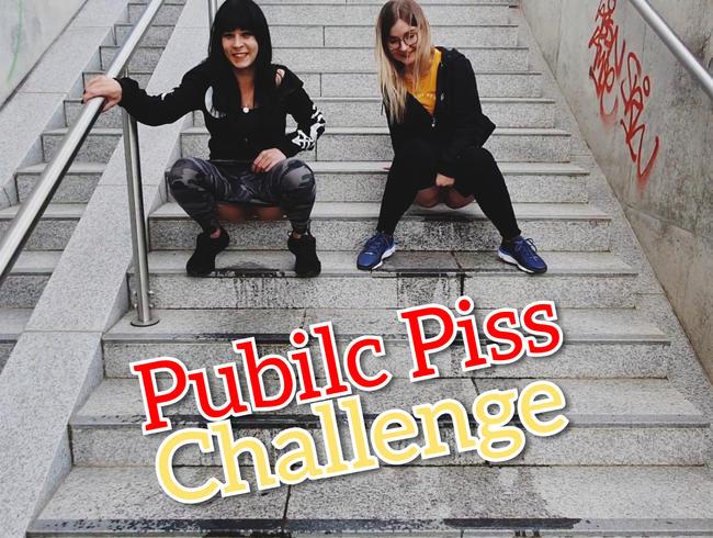 Public Piss Challenge Wer Pisst mehr ??